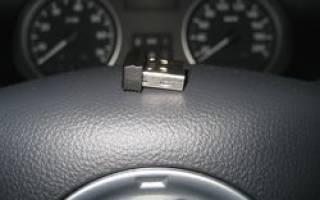 Почему магнитофон в машине не читает флешку