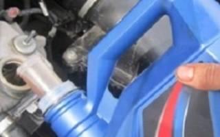 Сколько масла заливается в двигатель калины
